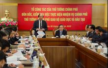 Làm việc với Bộ GD-ĐT, Tổ công tác của Thủ tướng Chính phủ nêu vấn đề bạo lực học đường, SGK