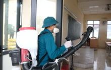 3.000 trường học Hà Nội phun thuốc tẩy trùng phòng dịch virus corona