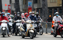 TP HCM yêu cầu người dân tiếp tục đeo khẩu trang khi ra khỏi nhà