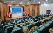 Khóa huấn luyện giảng viên vận hành trang bị Công binh hạng nặng