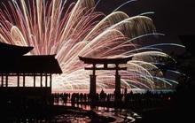 Nhật: Đảo Miyajima đánh thuế du khách để giảm nguy hiểm