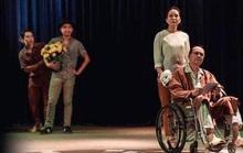 NSƯT Thanh Điền khoái sân khấu Hồng Hạc vì… đạo diễn Việt Linh khó tánh