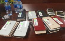 Bắt giữ lô iphone trị giá khoảng 3 tỉ đồng ở TP HCM