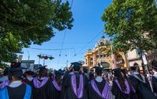 Úc giải cứu sinh viên Trung Quốc