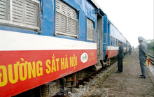 Nguy cơ dừng chạy tàu trên cả nước: Sếp VNR thiếu hợp tác?