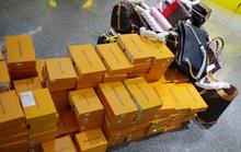"""Hàng hiệu Louis Vuitton, Chanel, Gucci, Rolex """"nhái"""" bị phát hiện ở The Manor Hà Nội"""