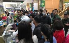 Bị chặt chém khi mua khẩu trang phòng virus corona, người dân phản ánh đến số điện thoại nào?