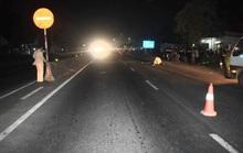 Đi bộ qua đường, người đàn ông bị xe máy tông tử vong