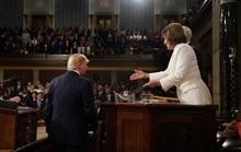 Tổng thống Trump – bà Pelosi: Đụng độ vượt ngoài kiểm soát