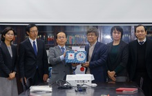 Nhật Bản trao sinh phẩm hỗ trợ Việt Nam chống virus corona