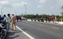 Quảng Nam: Bị truy đuổi, kẻ cướp 2 tiệm vàng nhảy cầu tử vong