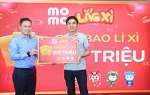 Ví MoMo trao giải cho các khách hàng trúng lớn Lắc Xì 2020