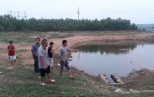 Đến chơi ở hồ chứa nước, 2 học sinh đuối nước thương tâm