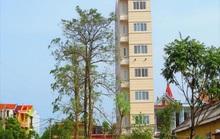 Quảng Bình: Cách ly khách sạn vì có 2 du khách Bỉ tiếp xúc với người nhiễm virus SARS-CoV-2