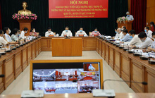 Đại hội Đảng bàn việc phục vụ nhân dân