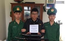 Đà Nẵng: Bắt nam thanh niên buôn bán cả kho hàng nóng