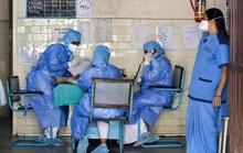 Bực mình chờ kết quả xét nghiệm Covid-19, 4 người trốn viện về nhà