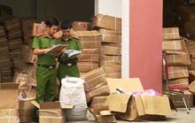 Quảng Bình: Bắt giữ xe tải chở hơn 10 tấn trái cây sấy khô, bốc mùi