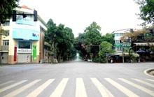 CLIP: Người dân hạn chế ra đường trong dịch Covid-19, đường phố Hà Nội vắng như Tết
