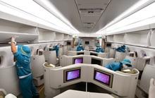 CLIP: Vietnam Airlines bắt đầu phun khử trùng toàn bộ máy bay khai thác trong ngày
