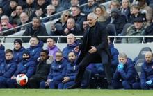 Mourinho và mê cung Tottenham