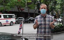 CLIP: Đại sứ Gareth Ward khuyên người Anh ở Việt Nam đeo khẩu trang, hạn chế ra đường