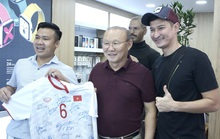 Điểm danh những gương mặt vàng làng quảng cáo bóng đá Việt đủ sức đe dọa Trấn Thành, Trường Giang