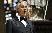 Danh ca khiếm thị Andrea Bocelli khiến hàng triệu người xúc động