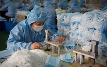 Bên trong thế giới cầm vali tiền canh nhà máy ở Trung Quốc