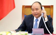 Thủ tướng Nguyễn Xuân Phúc điện đàm với Thủ tướng Trung Quốc Lý Khắc Cường về chống dịch Covid-19