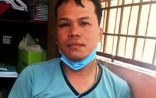 Bị đánh hội đồng, thanh niên vung dao đâm loạn xạ khiến 2 người trọng thương