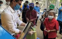 Công đoàn TP HCM có máy ATM gạo cho người lao động khó khăn
