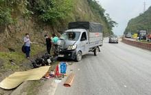 Xe máy lấn làn tông đầu xe tải, 2 thanh niên thương vong