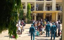 TP HCM: Hơn 2.000 người về nhà từ khu cách ly ký túc xá Đại học Quốc gia