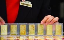 Nhu cầu tăng đẩy giá vàng nhảy vọt