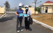 TP HCM: 2 bệnh nhân khỏi bệnh Covid-19 được về nhà