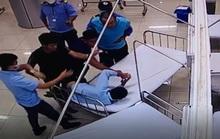 Đánh nhân viên bệnh viện rồi lái xe bỏ đi, tông chết người