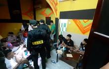 57 thanh thiếu niên thuê nhà nghỉ để... mở tiệc ma túy