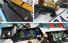 Bắt đối tượng mang 6.000 viên ma túy, thủ súng đã lên đạn trong người