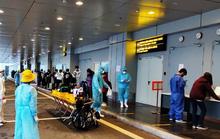 276 người Việt từ Canada về nước tại sân bay Vân Đồn