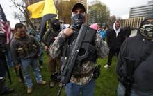 Covid-19: Biểu tình vũ trang tại bang Michigan - Mỹ đòi dỡ bỏ phong tỏa