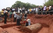 Bí ẩn đôi nam nữ bắc cầu tình yêu trong mộ cổ 1.000 năm