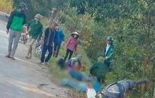 Xe máy chở 4 người tông cột mốc, 4 nữ sinh thương vong
