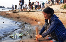 Vụ lật thuyền ở Quảng Nam: Người nhà khóc cạn nước mắt
