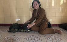 CLIP: Về miền Tây gặp cụ rùa trên 128 tuổi thích ăn chay, nghe kinh Phật