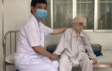 Cụ bà 103 tuổi vui mừng sau khi được thay khớp háng do té võng