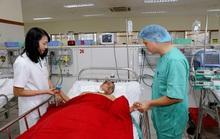 Cứu sống ngoạn mục bệnh nhân rơi từ tầng 5 xuống đất