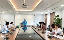 160 chuyên gia nước ngoài đầu tiên đến Quảng Ngãi âm tính với Covid-19