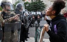 Mỹ: Tranh cãi việc điều quân đội đối phó biểu tình