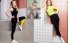 Bước ngoặt mới của nữ y tá Nga mặc bikini bên trong đồ bảo hộ